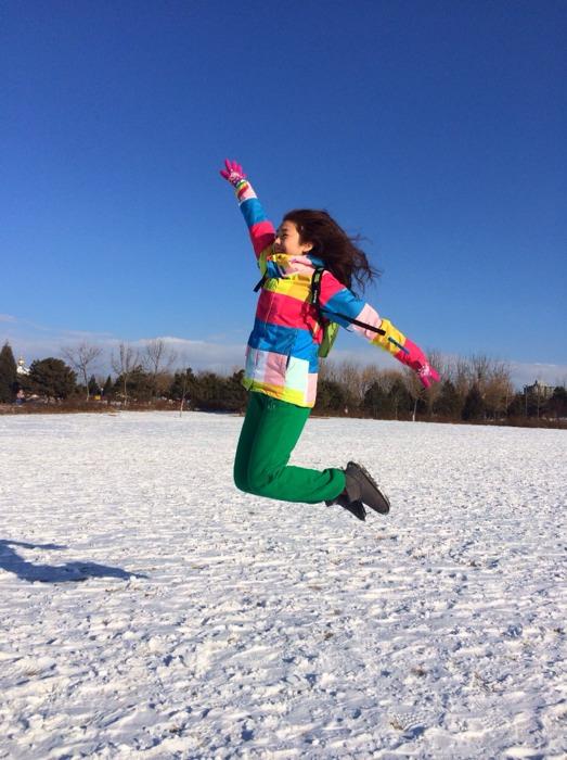 拍照最爱各种跳!跳跳跳跳看我飞起来!_谈天说年级朗读的课件关于五图片