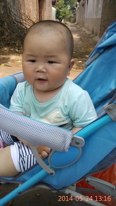 宝宝13.9.20八个月了~亮亮体重~身高_婴幼育儿