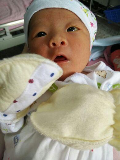 同城宝宝联手+荣县富西小学+我要找个小女小学生多姿多彩的春抄报相亲图片