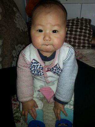 宝宝五个月气管发炎好了、这两天一咳嗽就吐奶