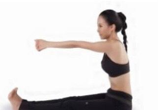 推磨式瑜伽_亲子瑜伽之推磨式_古梵专业瑜伽会馆