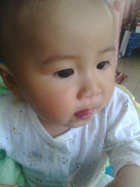看看宝宝吃南瓜粥,味道不错哦!_0-1岁宝宝圈