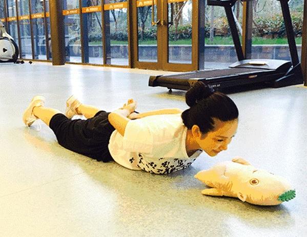 【转】臂力边带边减肥,宝宝独创明星健身操!_亲子器减肥吗图片