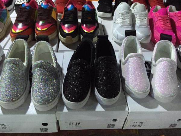 少女风暴美鞋免费送,骗人的话来骂我。_服饰鞋