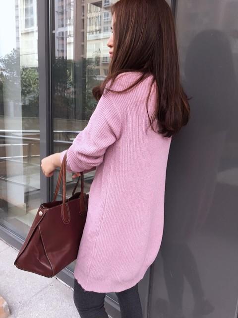 藕粉衣服适合多大人穿_穿上大人的衣服梳起头发 v118.com