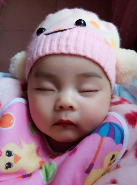 宝宝爱摇头_0-1岁宝宝圈