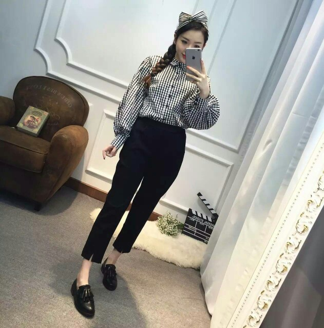 axinshop春款格子泡泡袖衬衫,很细腻的款,单色
