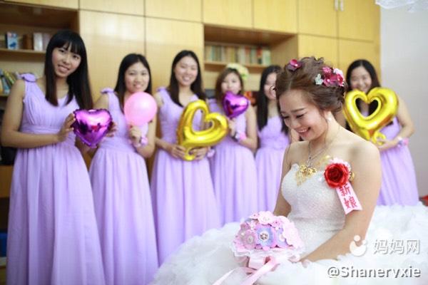 从婚纱到校服,婚姻在左你们在右_初中老公圈庄情感业