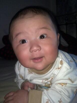 你家宝宝是大眼睛萌宝吗?快来晒晒宝宝照!