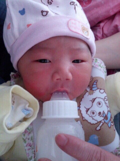 今天宝宝出生一周啦!_生男生女圈