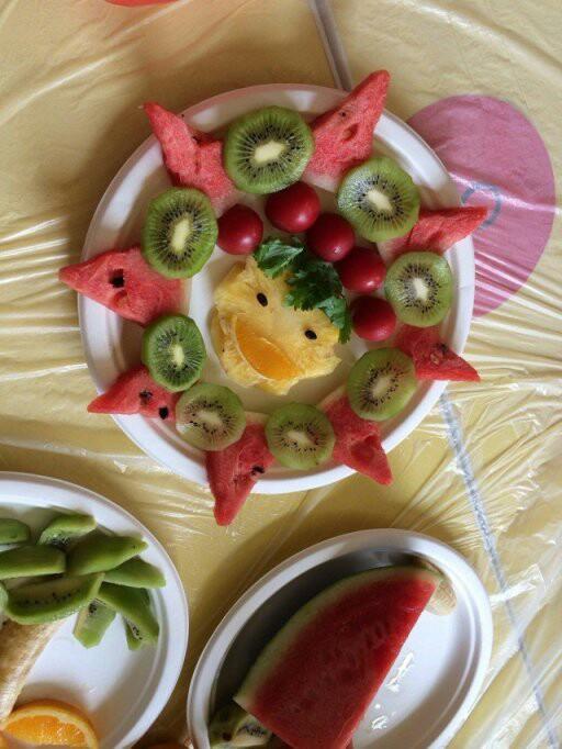 六一亲子DIY 创意水果拼盘