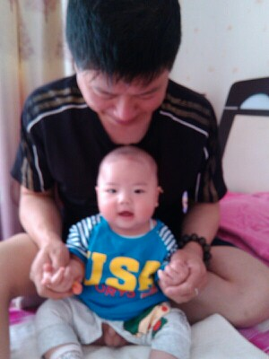 婴幼儿缺钙图片