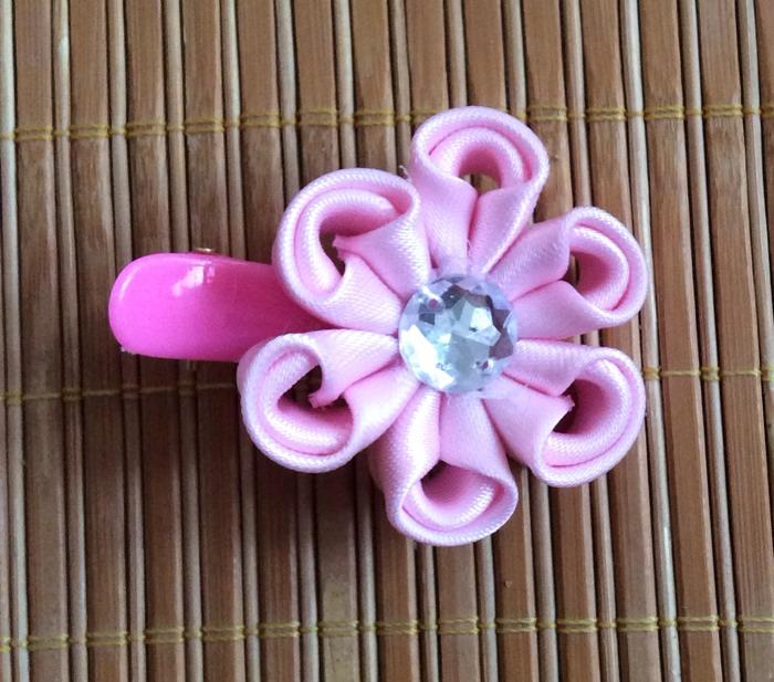 diy蝴蝶结发饰制作教程 粉色花朵蝴蝶结发夹-封