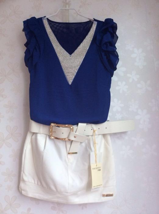 藏蓝色雪纺上衣配什么颜色的半身裙好?