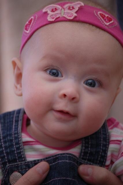 【混血宝宝】完美结合的中英混血小美女tiffany