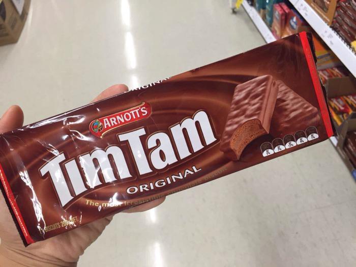 【休闲小零食】澳洲代购国宝级巧克力饼干timtam!