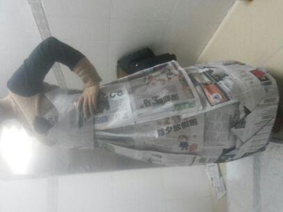 报纸做的裙子_巧手diy圈
