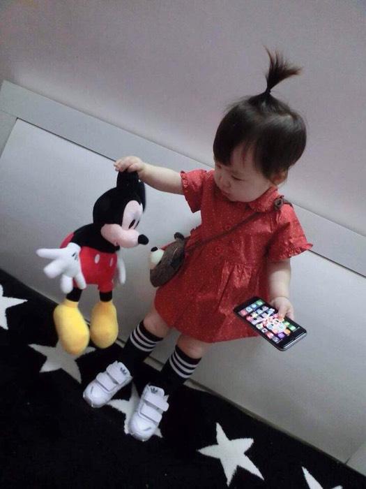 宝宝超可爱的花裙纸