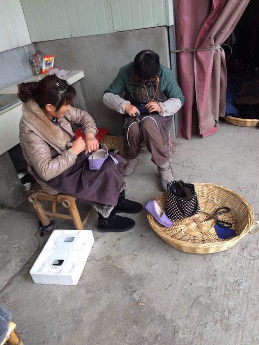 儿童手工豆子粘贴画动物
