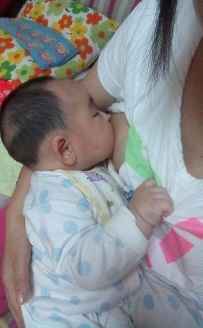 喂了几天母乳受不了了 母乳喂养的时间