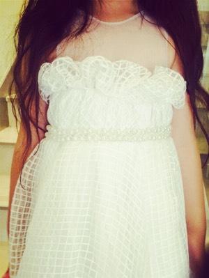 姜涞自己设计的环保美裙变成真实版啦