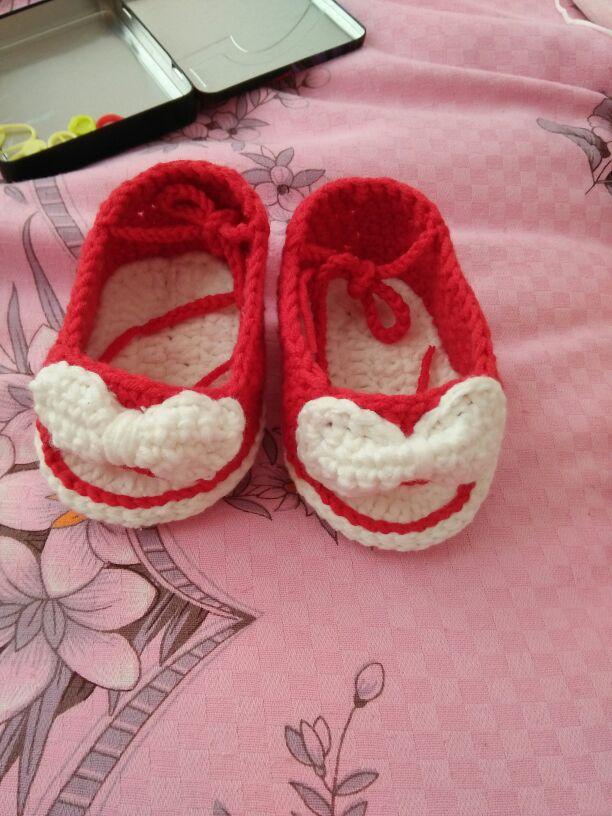 给宝宝勾的鞋子