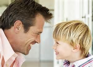 听歌的宝宝-孩子2岁多了还不会说话,怎么办图片