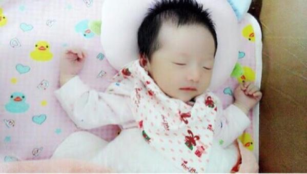 可爱婴儿男宝壁纸