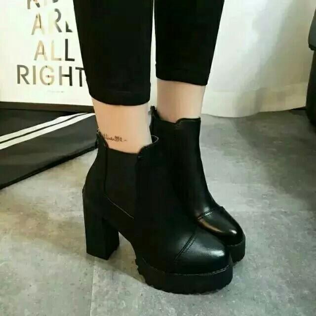冬天穿什么高跟鞋
