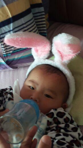 宝宝高热惊厥12分钟,我都吓哭了,现在只要睡觉就脸红也不知是不是