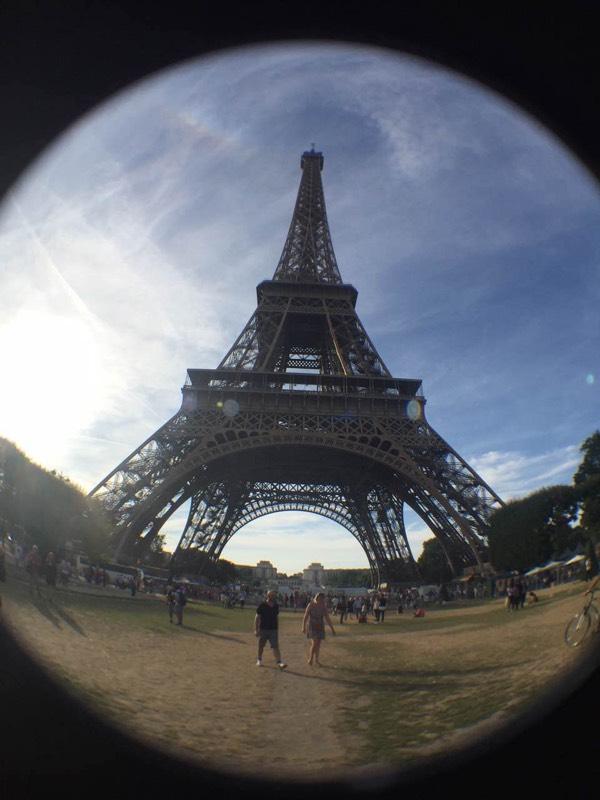 埃菲尔铁塔也就是这样吧!