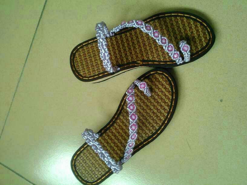 纯手工编织的凉鞋凉拖鞋