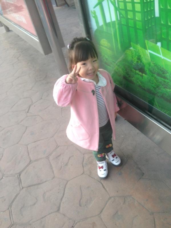 可爱的小朋友_萌宝晒照圈