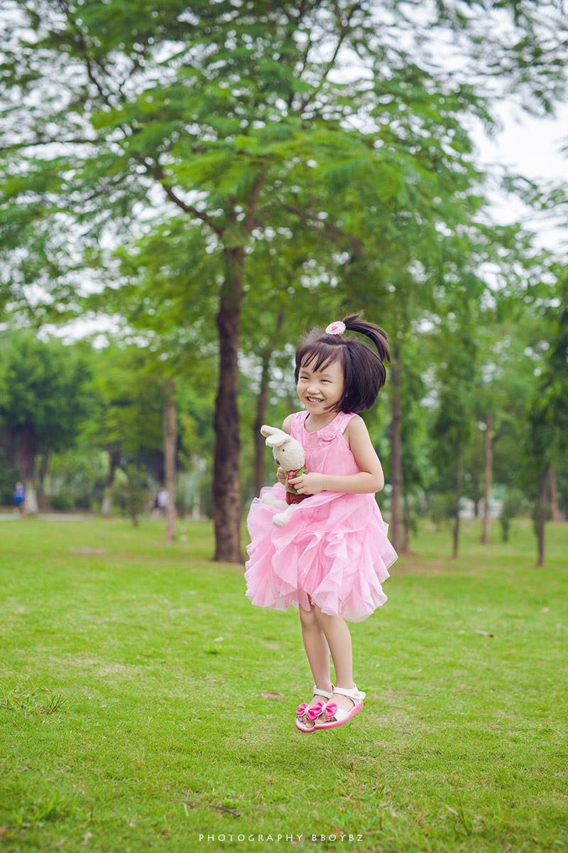 活泼可爱的小姑娘._爱单反爱摄影