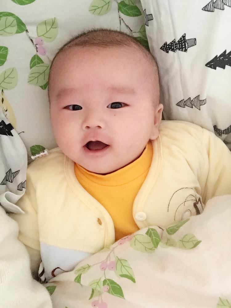宝宝 壁纸 儿童 孩子 小孩 婴儿 750_1000 竖版 竖屏 手机