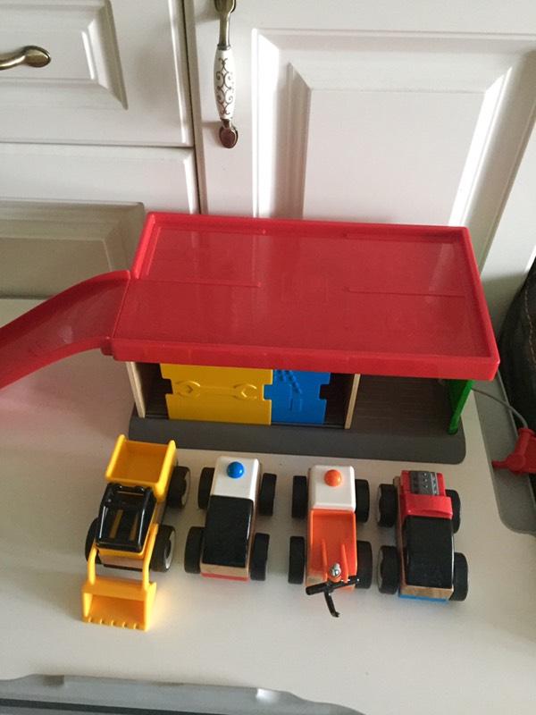 宜家儿童玩具停车场车辆管理套装闲置