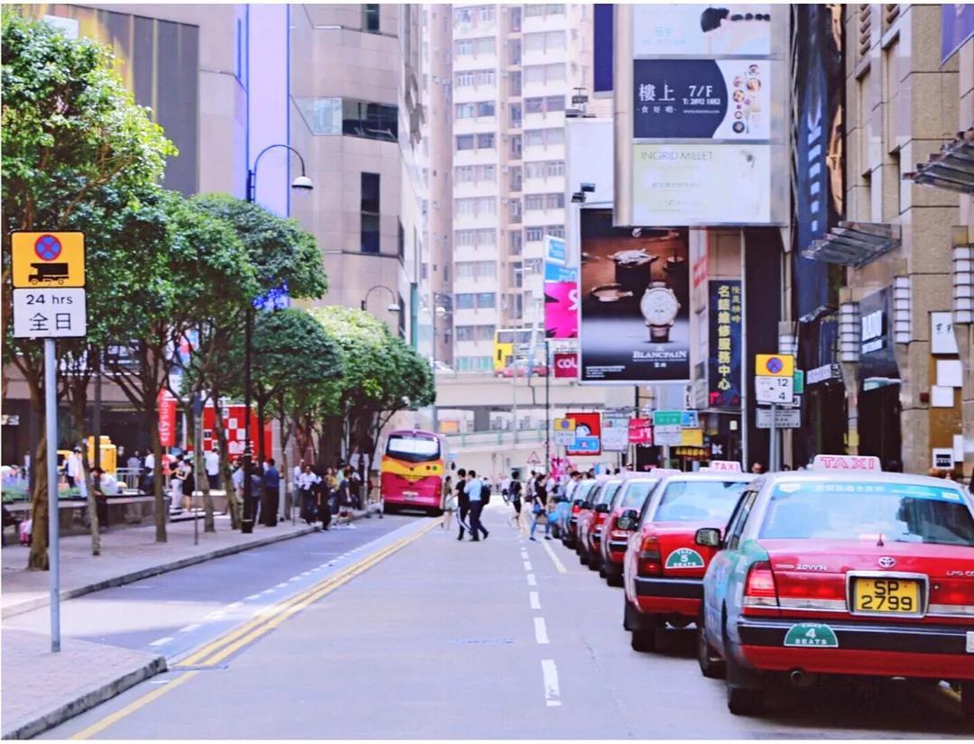 国庆黄金周香港逛街买什么?一大波大牌美妆新品等你来