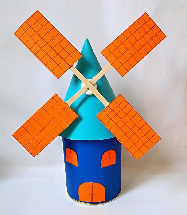 幼儿园手工~漂亮的小风车