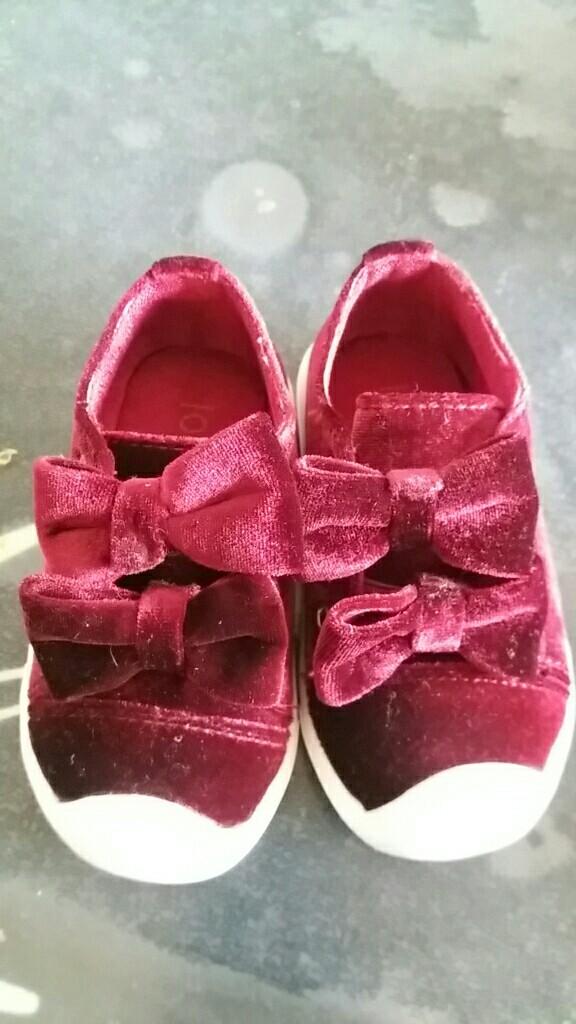 十一双学步鞋买出来的血泪经验 如何正确的选