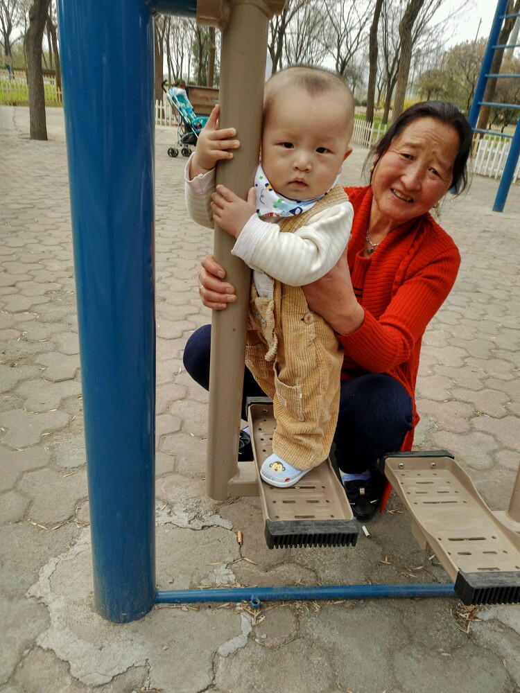 【我的表情帝宝宝】65看我好能耐_0-1岁宝宝