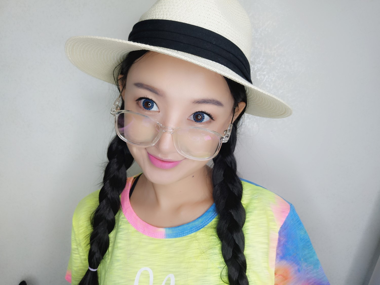 【薇薇】九月开学季,变身学生妹重走一回青春