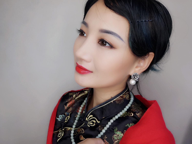 【薇薇】诠释优雅--做一回穿旗袍的女人